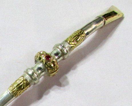 Bombilla de plata y oro con aplique